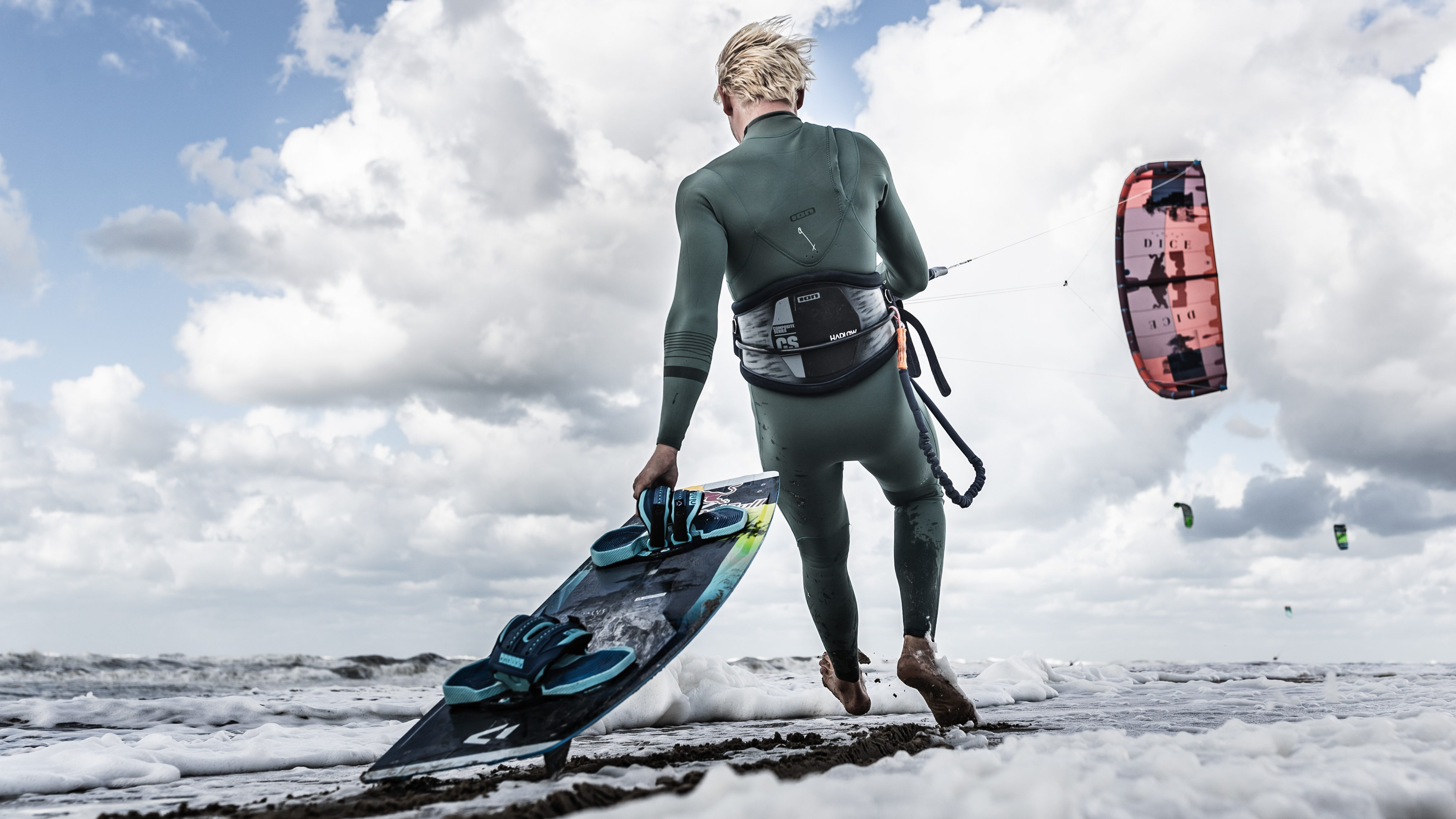 Lasse Walker kitesurfs in Noordwijk, The Netherlands on September 21, 2018